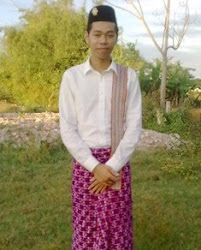 Putra in Cham Chau Doc traditional costumes