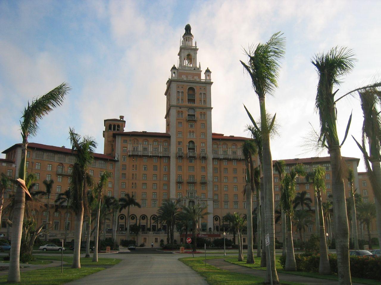hotel dos estrella miami: