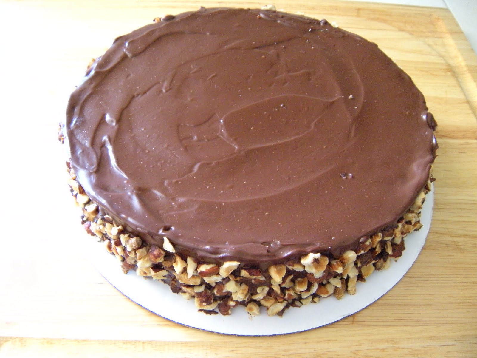 Flourless Chocolate Cake with Ganache and Hazelnuts | Yummy Mummy ...