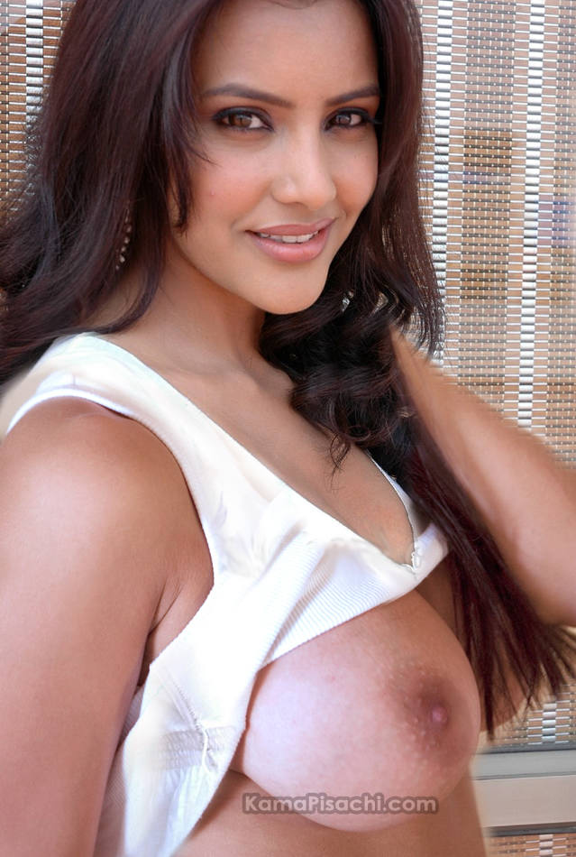 Fake Bollywood Nudes: Sameera Reddy Showing Tits
