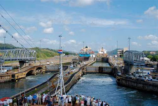 Mira Flores Locks - Panama Canal
