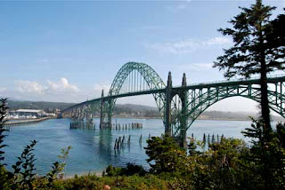 Yaquina Bay Bridge - Newport, Oregon, USA