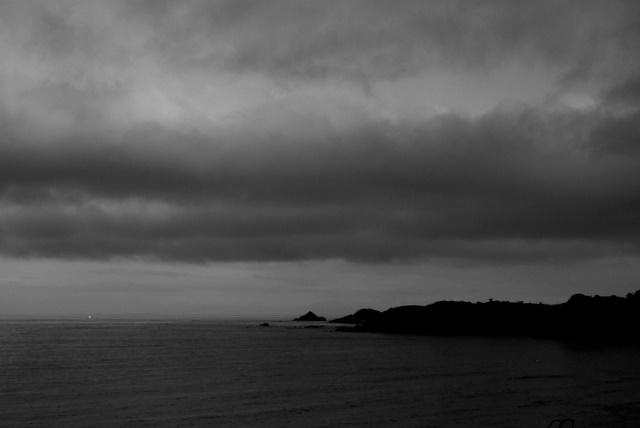 白浜の曇空