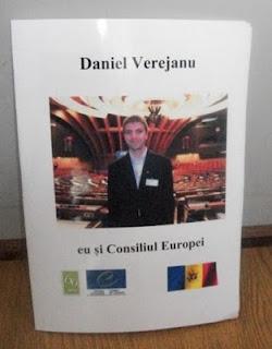 Dan Verejanu primeşte primul sau premiu dans Council of Europe 100_1154