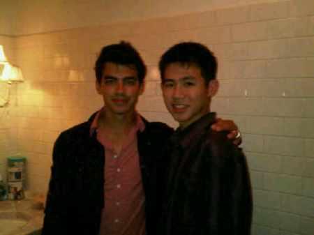 Jonas Brothers pelicula: Camp Rock 2 (2010) - Página 3 77174432