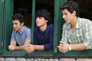 Jonas Brothers pelicula: Camp Rock 2 (2010) - Página 3 User356_pic1959_1269828401