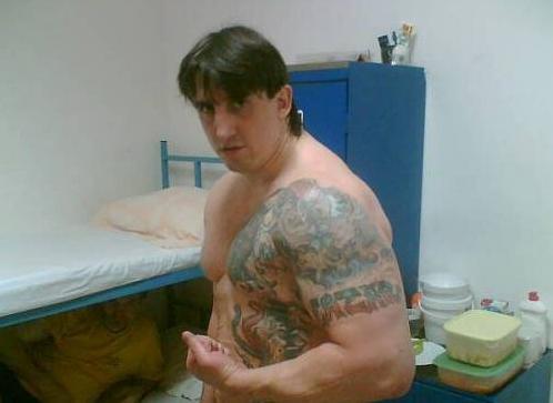 Anggota Kelompok Kriminal Serbia Di Penjara