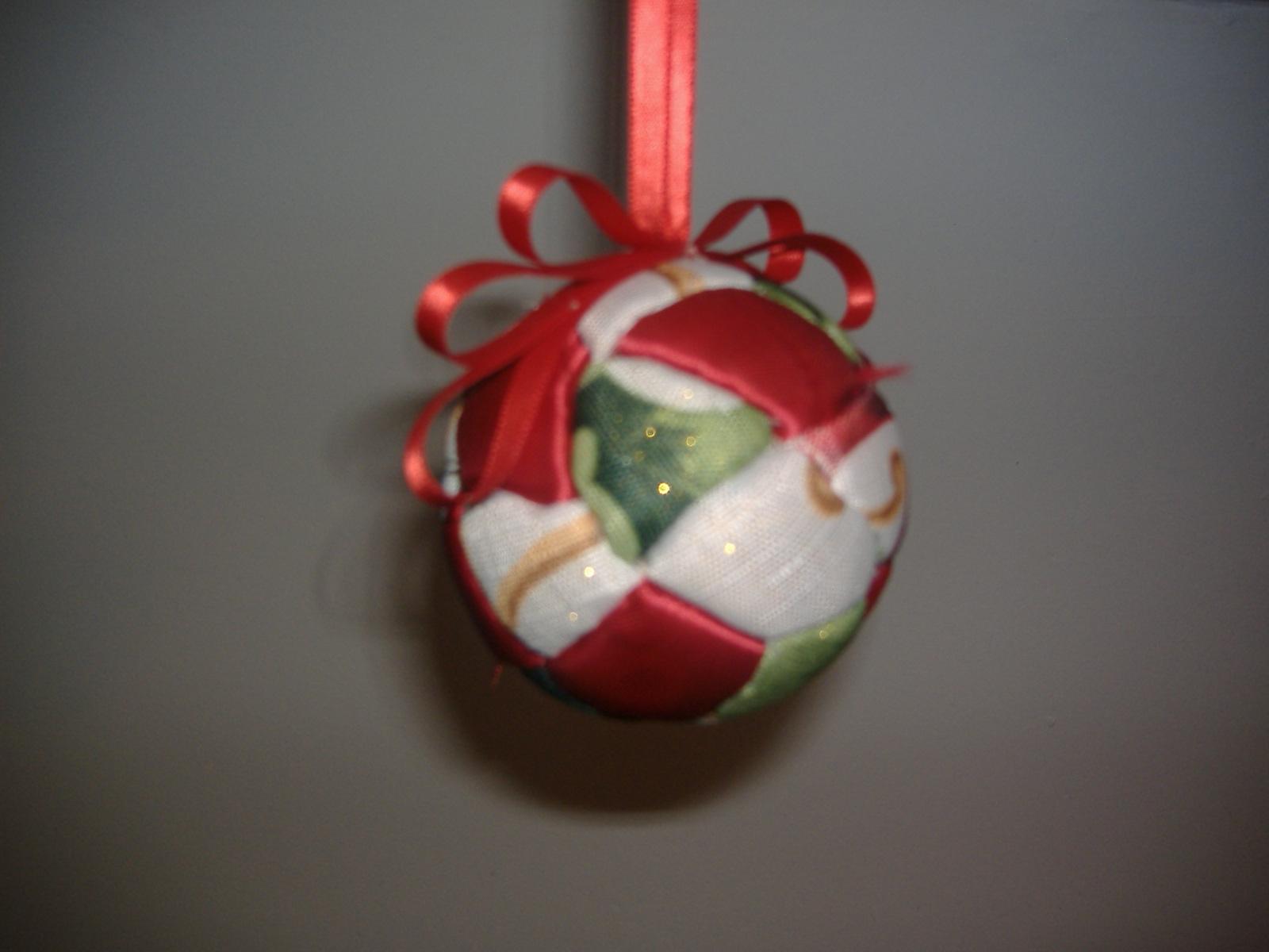 Manualidades nieves bolas navide as - Arboles de navidad de tela ...