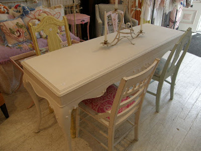 Dining Room on Chic Furniture Schenectady Ny  The Cutest Shabby Chic Dining Room Set