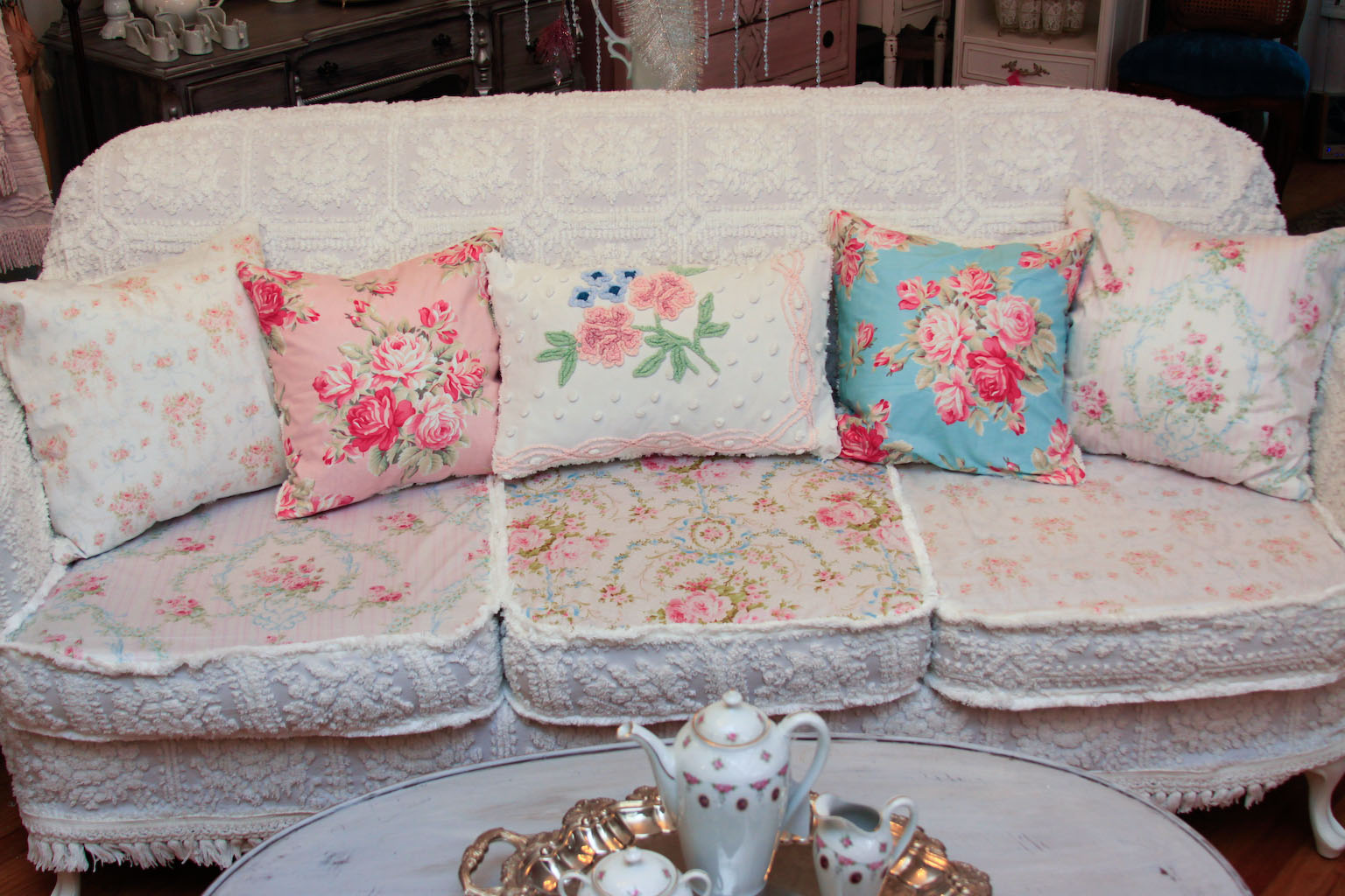 ... OMG! Antique Sofa Chenille Bedspread Slipcover Shabby Chic Wonderful