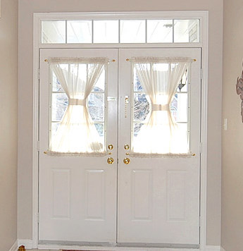 Full of great ideas window covering for front door for Front door curtain ideas