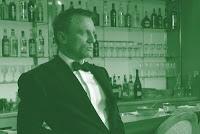 James Bond i baren
