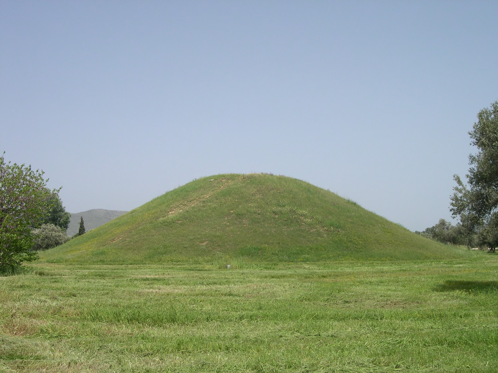mounds buddhist personals Someblundersofindianhistoricalresearcch text cargado por insearchof_knowledge  hut winch had tin harem full of con so cu and i hen if there are two grave mounds,.
