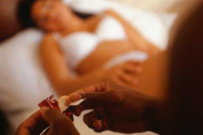 dari sudut pandang, seks, suami jadikan isteri pelacur