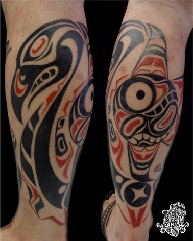 Northwest coast indian tattoo Mollet realise en style Haida comportant