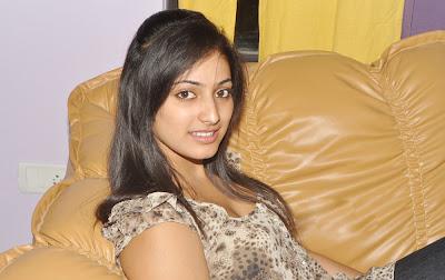 http://2.bp.blogspot.com/_WTnXc_vrCBs/TNO5nJrRTwI/AAAAAAAAFr4/fu9mFylAYRw/s1600/Hari-Priya-Cute-Phoot-Shoot-25.jpg