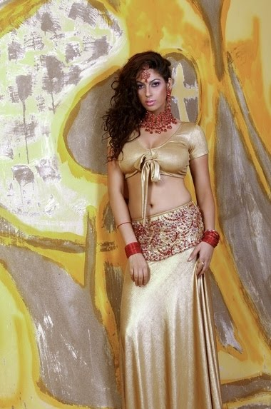 Priya Soni Very Hot Expose