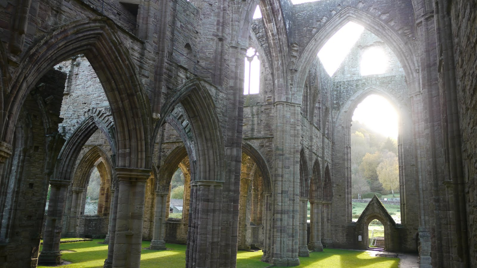 tintern abbey A cistercian abbey, founded c 1200 by william, the earl marshall, and named after tintern abbey in wales the remains consist of.