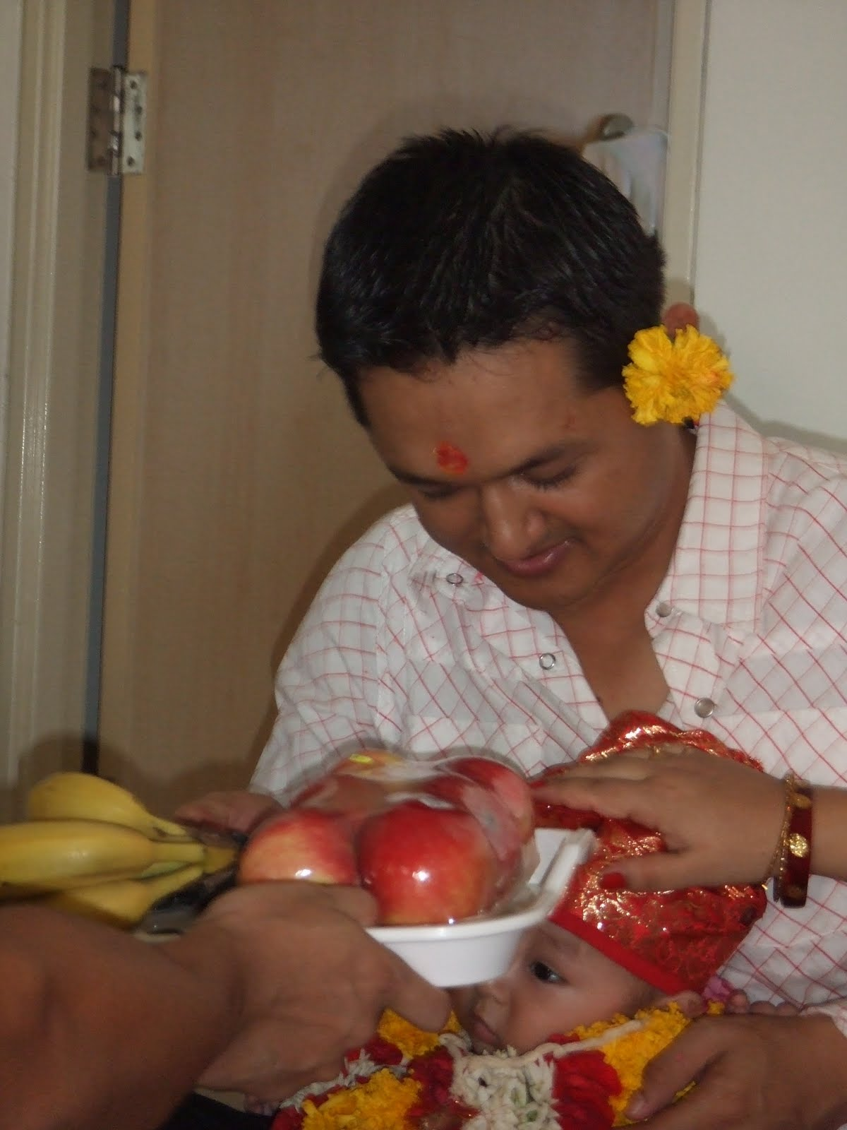 Neaplese Food Ceremony Of Of Baby