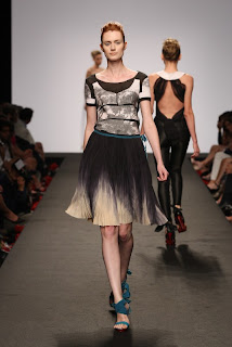 BRAGIA+SS2011+ +1 WHO IS ON NEXT