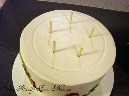 Assembling Tiered Wedding Cake Dowels