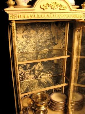 Minworks: Dining Room Display Cases: