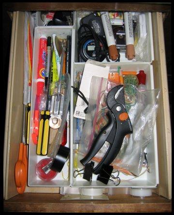 [Junk_drawer_20070721_thumb.jpg]