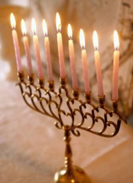 [Hanukkah-Imagewww.spcc-storrs.org.jpg]