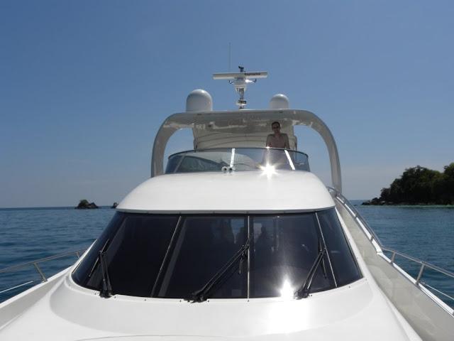 Rang Yai Kai Nok Demuinck Pardon Yacht