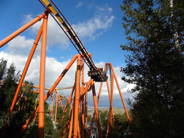 Six Flags Magic Mountain Tatsu