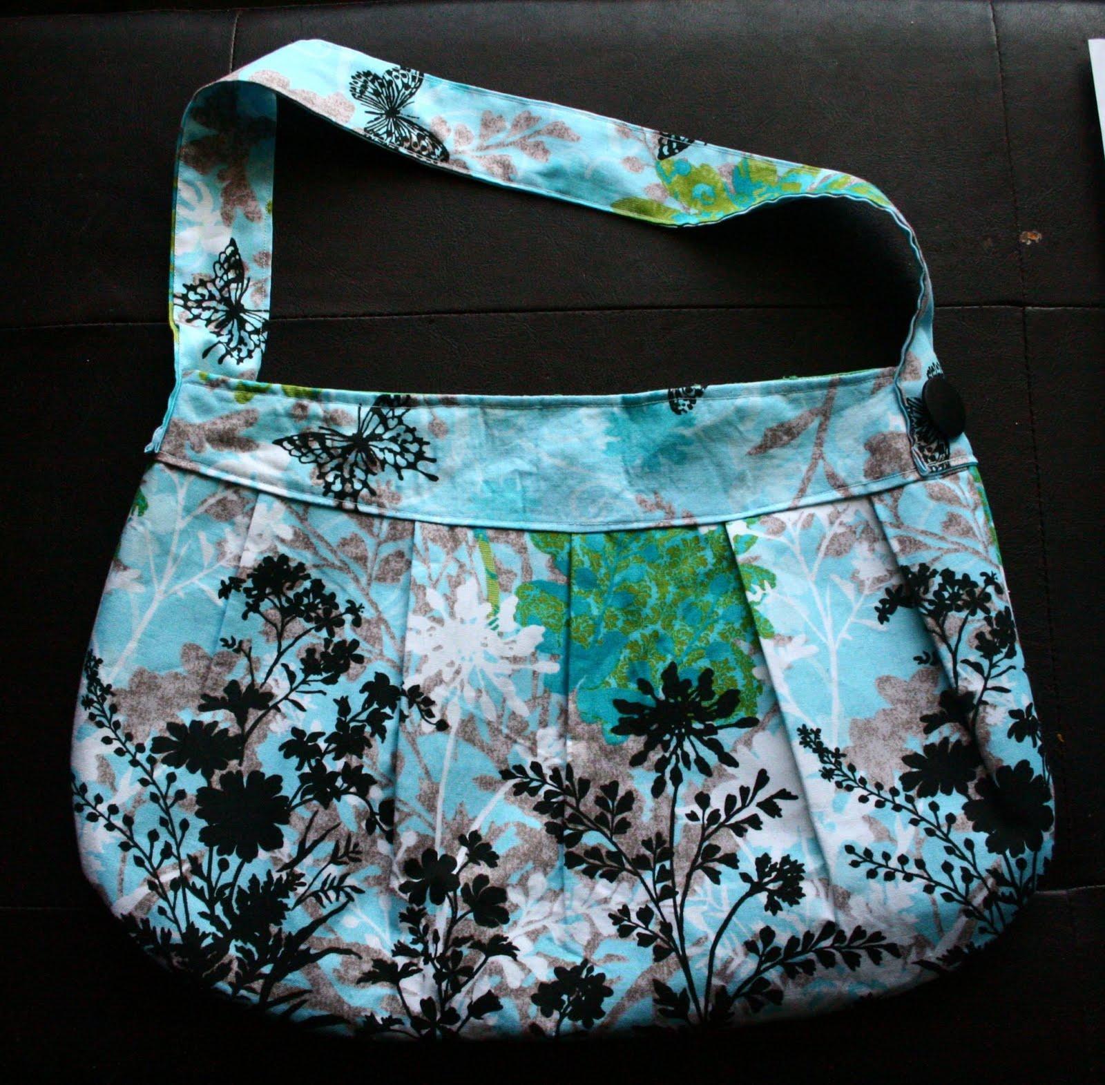 http://2.bp.blogspot.com/_WhRwKsnhk6U/S6139XPVToI/AAAAAAAAANQ/b6HrdZKIIyE/s1600/purse1.jpg