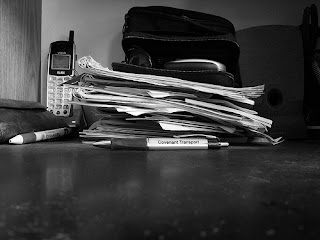 pile+of+paper Q & A: How do I handle my mail? How do I keep it from piling up?