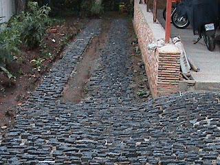 Trabajos en piedra caracas venezuela pisos de taco for Pisos con piedras pequenas