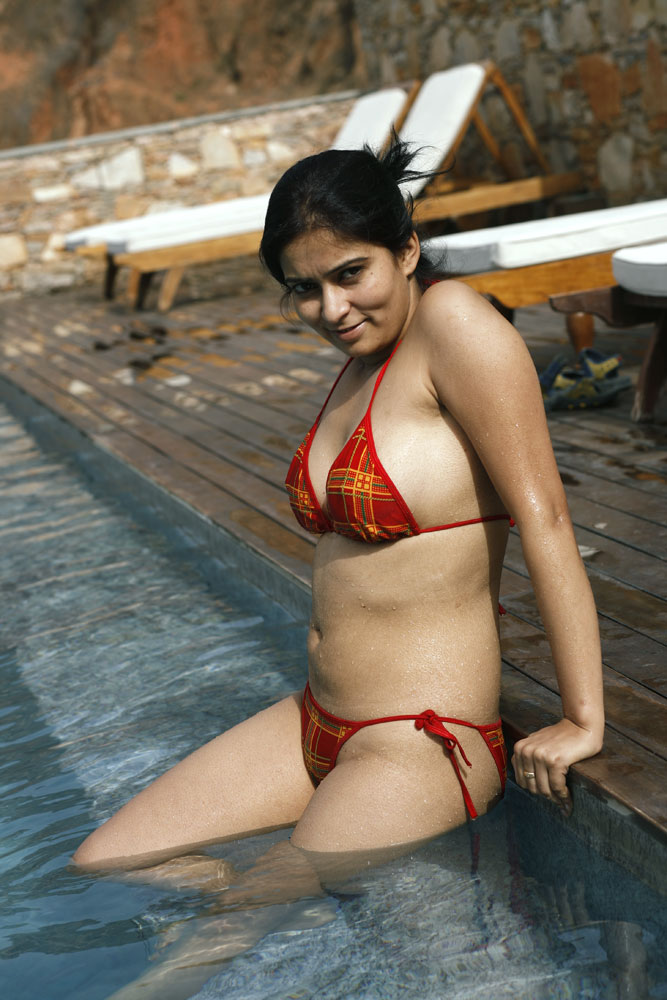 indian hot bikini girls nude