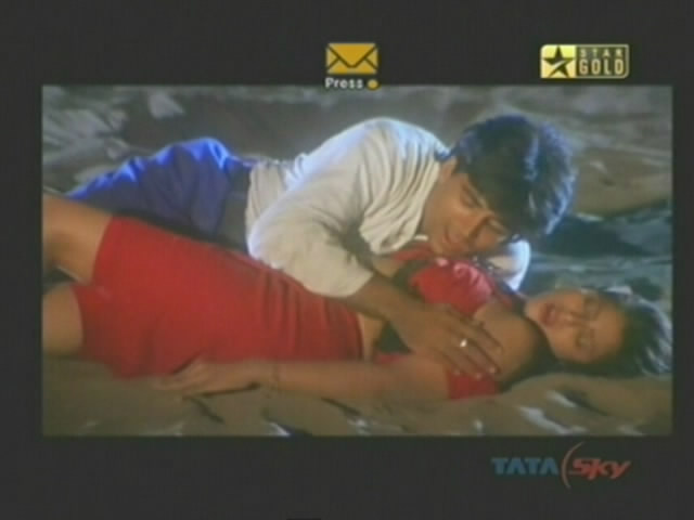 South Indian Actress Gallery: nagma boob kiss