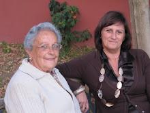 MI MADRE Y MI HERMANA