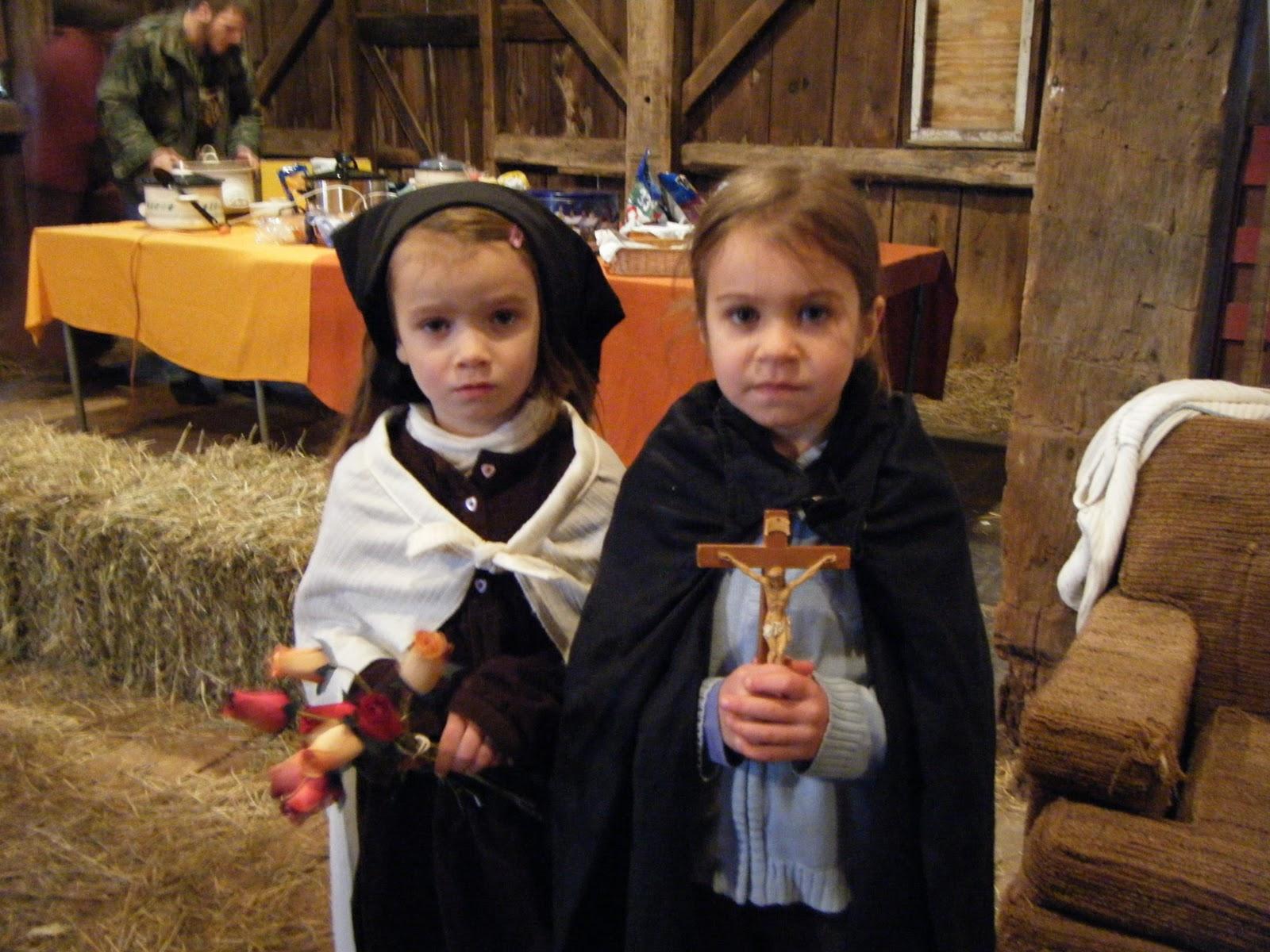 Familia Católica Ideas de disfraces para la Fiesta de Todos los Santos
