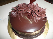 CHOCOLATE MOIST CAKE GANACHE WITH ROSES