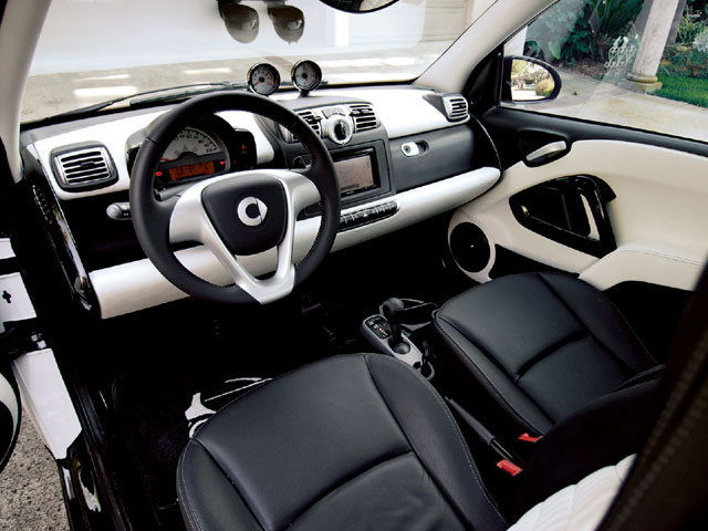 the top cars ever mercedes smart fortwo. Black Bedroom Furniture Sets. Home Design Ideas