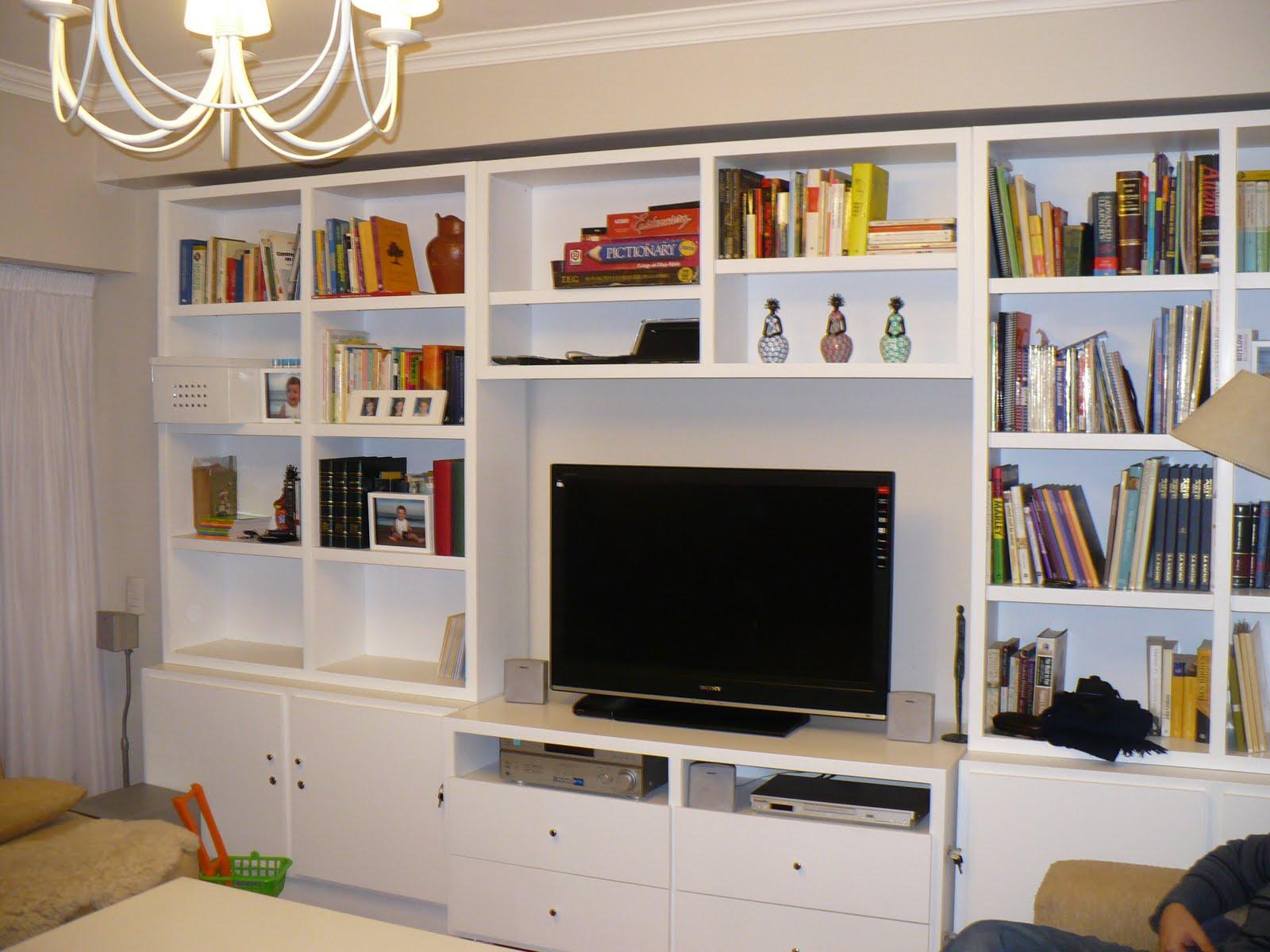 Ana malbr n objetos para casas muebles para playrooms for Muebles organizadores para living