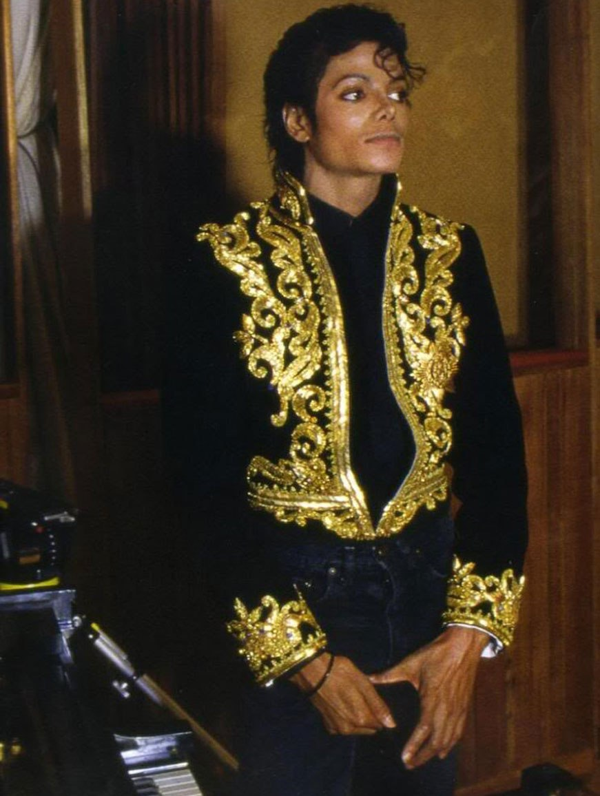michael jackson for all time today in mjj history. Black Bedroom Furniture Sets. Home Design Ideas