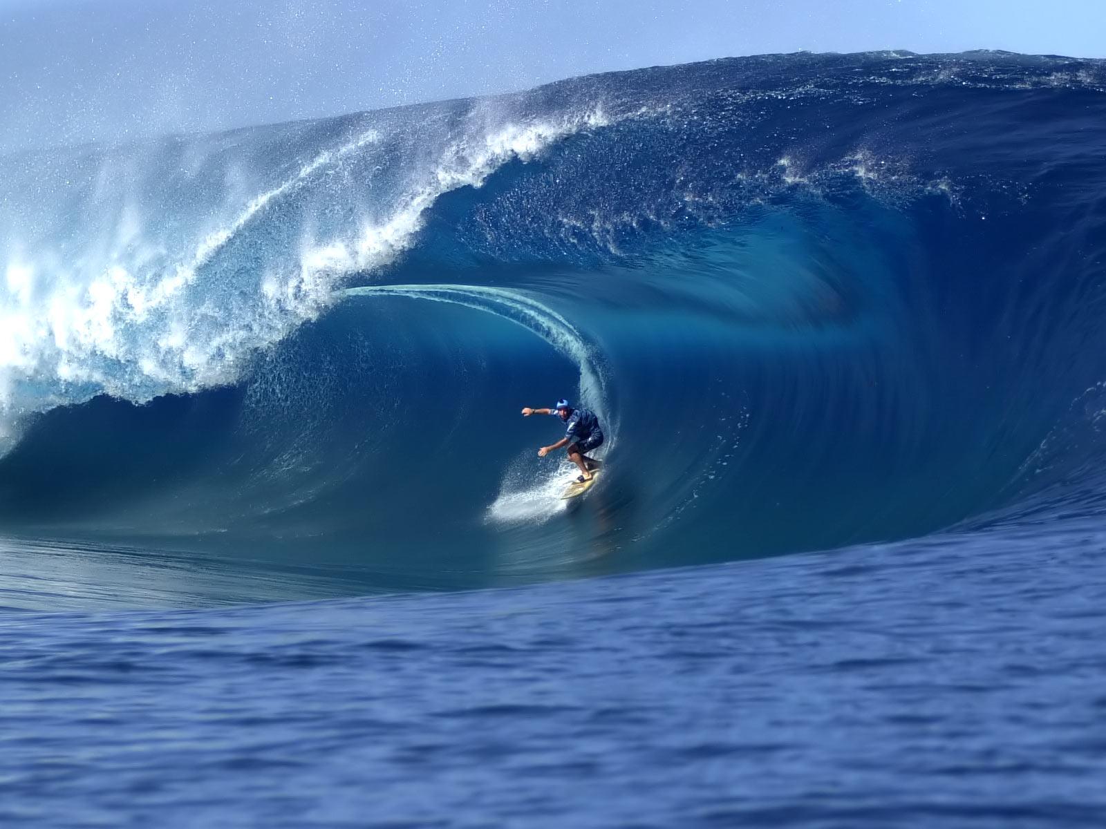http://2.bp.blogspot.com/_WriF8m2mVt0/THVWKpvkOkI/AAAAAAAAFuY/dvZOE9tt6gk/s1600/Surfing_Hawaii.jpg
