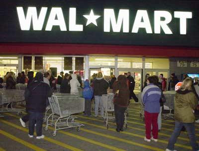 Is walmart open on christmas 2010