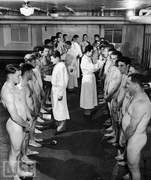 Голые мужики в бане  Частное фото