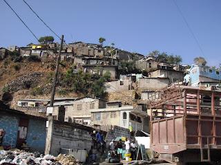 Cap-Haitien: Alerte contre le POPULISME et la destruction massive des dirigeants P2200079-760553