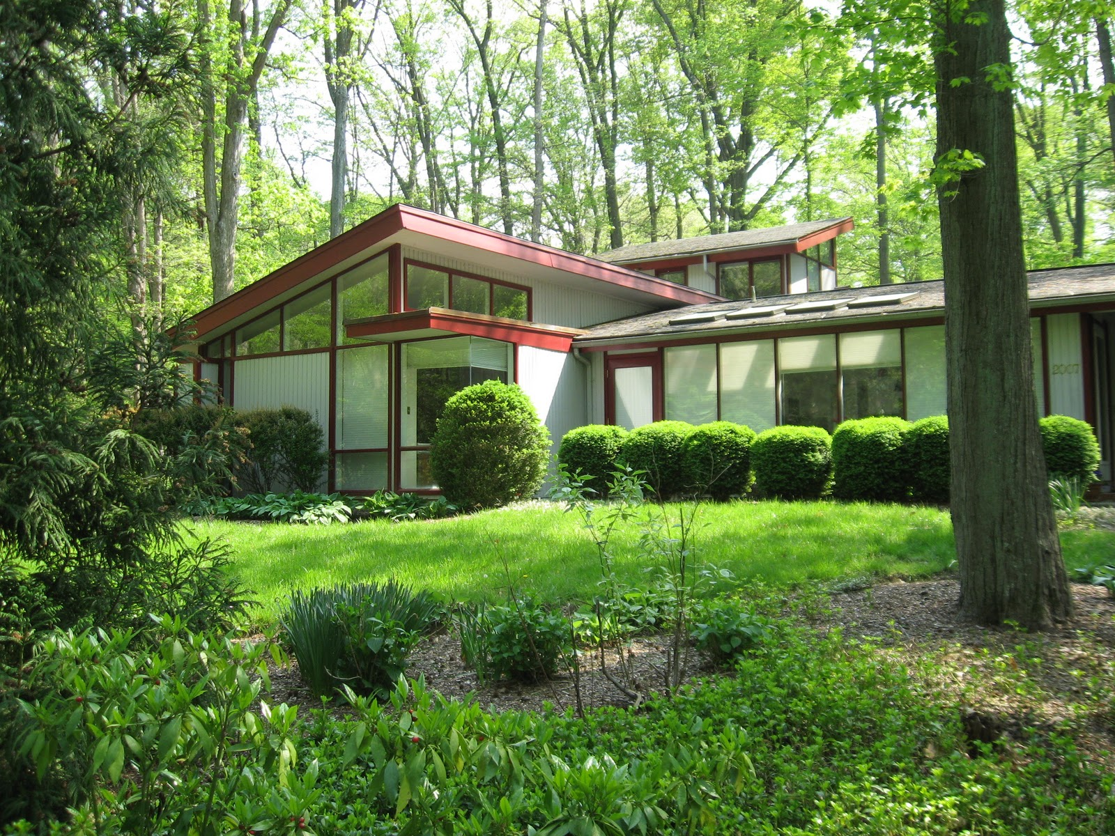 Braxton and yancey mid century modern homes for Mid century home plans