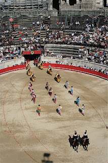 ABOUT BULLFIGHTING: April 2009
