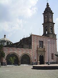 Parroquia de San Juan Bautista y de la Virgen de la Soledad.