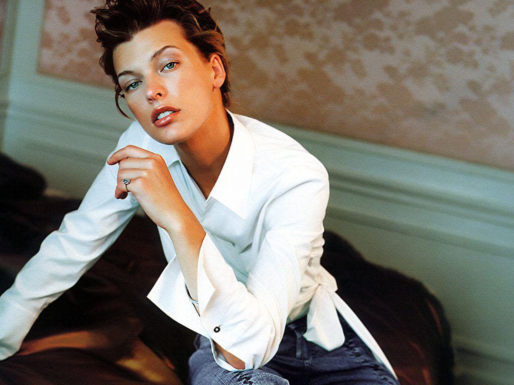 http://2.bp.blogspot.com/_WvSJbiNQGFo/TKQmO5D0xCI/AAAAAAAACIo/R3JXfPGSj94/s1600/Milla_Jovovich,_Actress.jpg