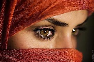 Gambar Perempuan